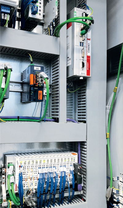 The individual processes within the Aida press lines are controlled by an Industrial PC with TwinCAT software as well as various EtherCAT terminals.