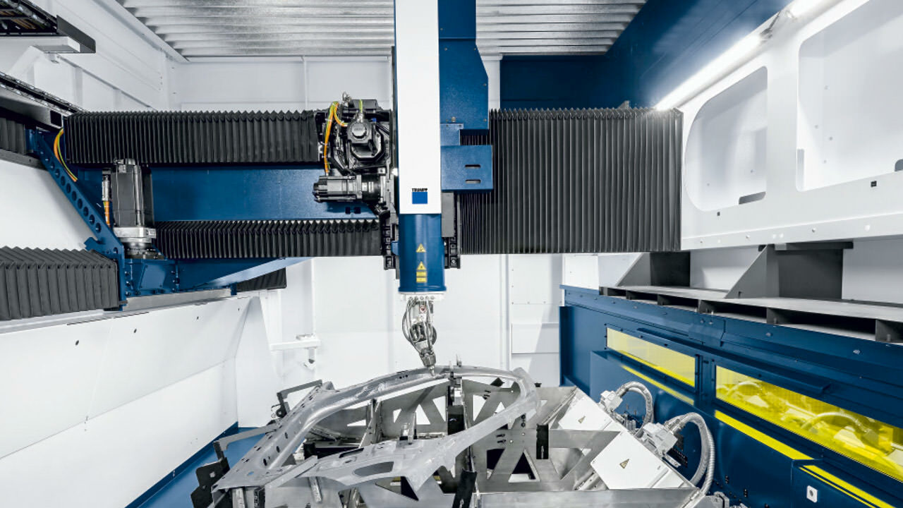 Interior of the TruLaser Cell 8030. Picture: © Trumpf GmbH + Co. KG/Oliver Graf Fotostudio GmbH